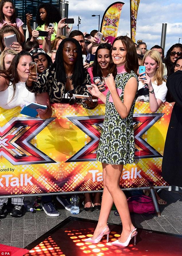 "Cheryl Cole > programa ""The X Factor"" | #CherylGroups - Página 22 2ABA20F900000578-3169723-image-a-64_1437497377823"