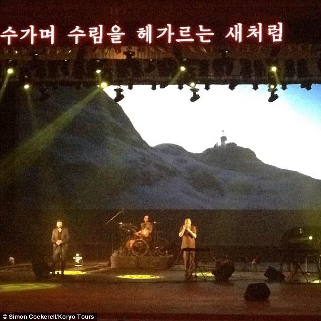 Corea - Corea del Norte - Página 3 2B7E2ECC00000578-3203427-image-a-22_1439992386523