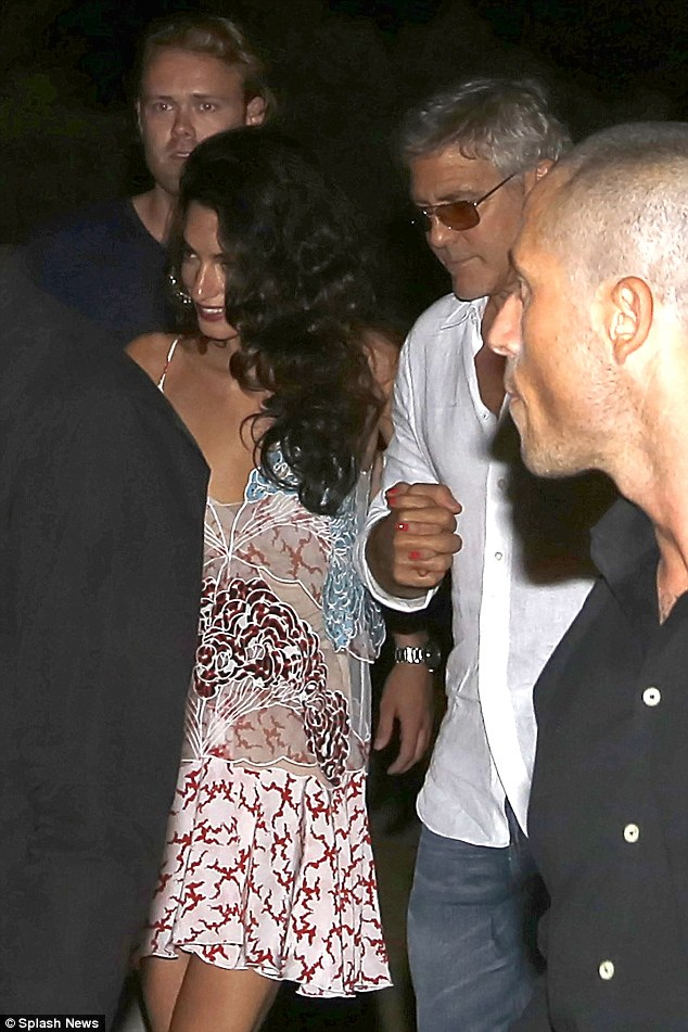 George Clooney, Amal, Rande and Cindy Gerber at the Es Torrent restaurant in Ibiza 22. August 2015 2B969F5100000578-0-image-a-41_1440297017900