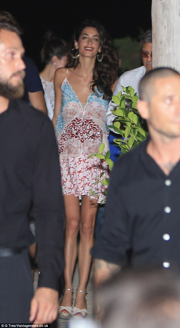 George Clooney, Amal, Rande and Cindy Gerber at the Es Torrent restaurant in Ibiza 22. August 2015 2B98111F00000578-3207554-image-m-46_1440322151130