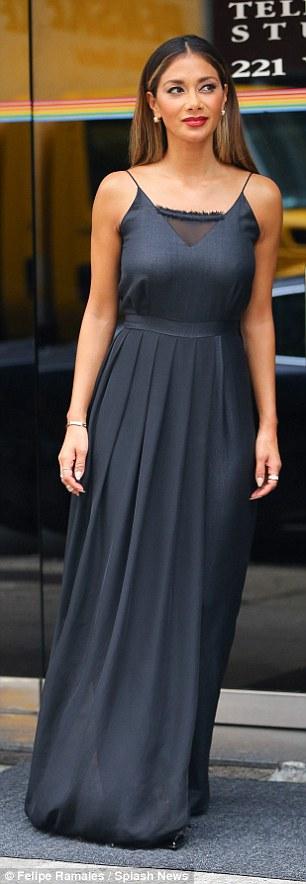 Nicole Scherzinger >> Candids/Apariciones/Shoots - Página 11 2CF1583600000578-3255351-image-m-67_1443644349759