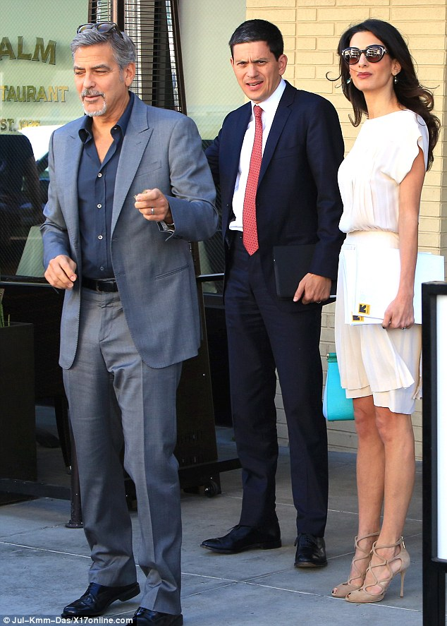 George and Amal lunch with David Milliband in Beverley Hills Oct 22 2015 2DAE16FA00000578-0-image-m-40_1445555946806
