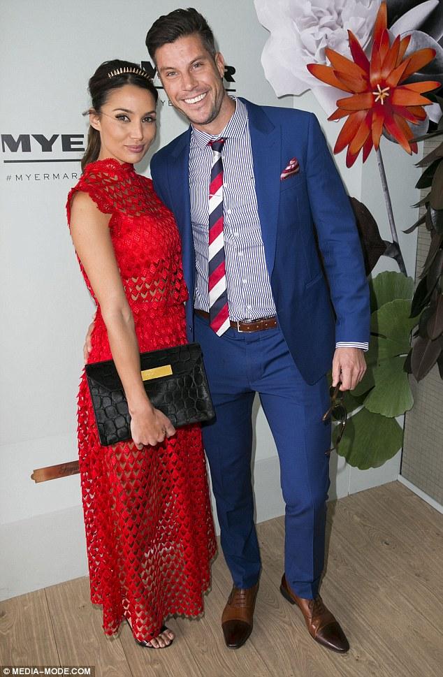 Sam Wood - Snezana Markoski - Bachelor Australia - Season 3 - Fan Forum - Page 14 2E0DFE5200000578-3301242-Red_HOT_The_Bachelor_s_Snezana_Markoski_and_Sam_Wood_turned_head-m-152_1446518150870