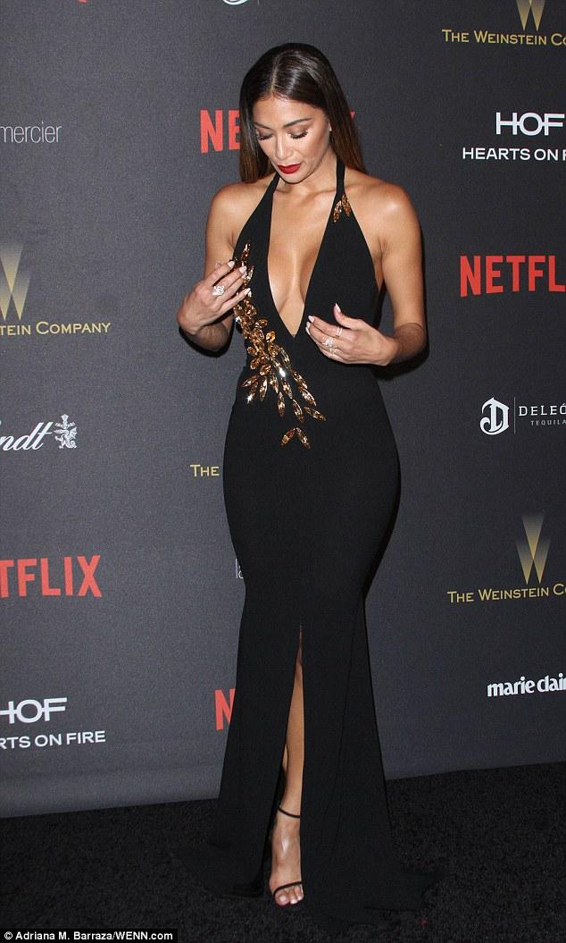Nicole Scherzinger >> Candids/Apariciones/Shoots - Página 12 3005E00900000578-3393771-image-a-16_1452515598719
