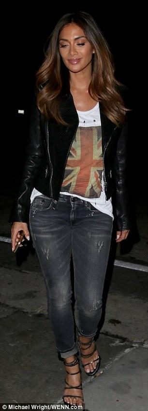 Nicole Scherzinger >> Candids/Apariciones/Shoots - Página 12 3011B66C00000578-3395129-image-a-66_1452579727339
