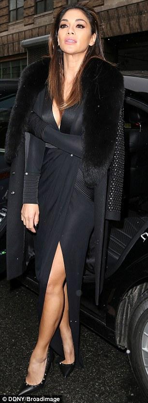 Nicole Scherzinger >> Candids/Apariciones/Shoots - Página 13 31422FBD00000578-3449044-image-m-36_1455615149044