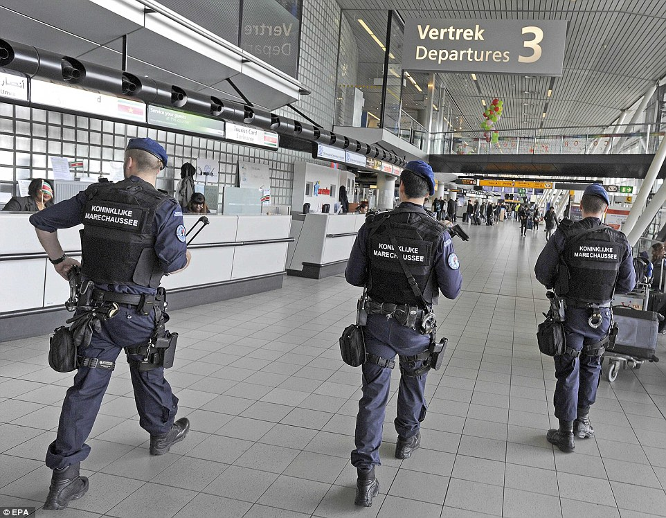 Fake Shootings and Other False Flags - Page 5 3273390600000578-3503928-Dutch_military_police_were_carrying_out_additional_high_visibili-a-94_1458649669093