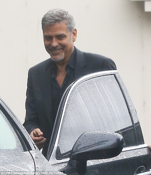 George Clooney meeting with Jodie Foster in Los Angeles 8. April 2016 32FCD94A00000578-3531127-image-m-73_1460177459107