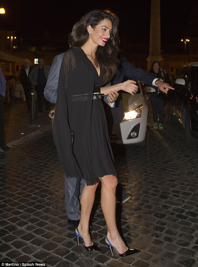 George and Amal out for dinner in Rome May 29 2016 34BE67EC00000578-3615139-image-m-32_1464532785059
