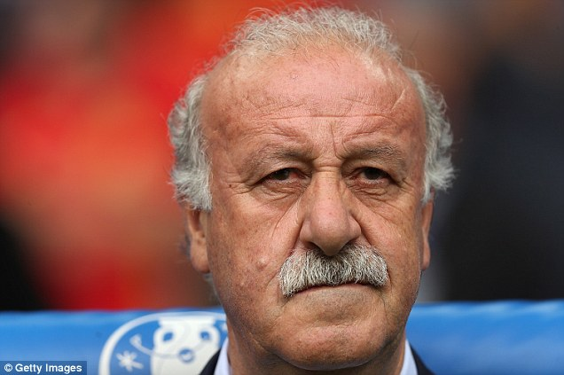 ¿Cuánto mide Vicente del Bosque? - Altura 35B9D55F00000578-3673715-Del_Bosque_admitted_Casillas_was_the_only_player_he_did_not_send-a-36_1467640780497