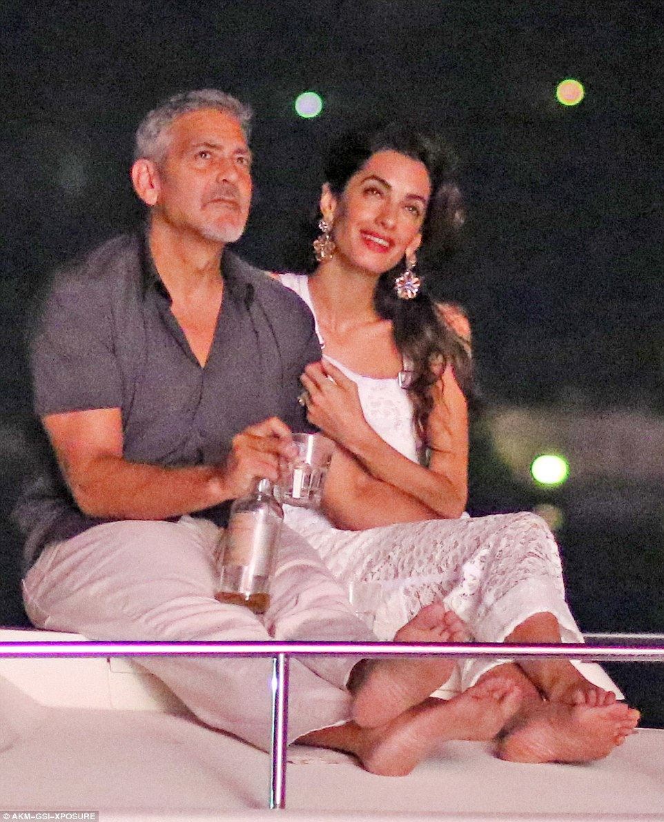 George Clooney, Amal & Bill Murray - Fourth of July Pictures 2016 363608CA00000578-0-image-m-83_1468373501741