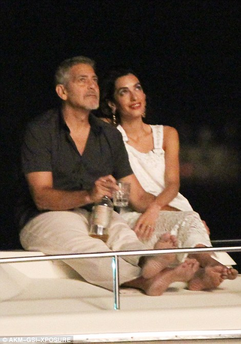 George Clooney, Amal & Bill Murray - Fourth of July Pictures 2016 3636096200000578-0-image-m-84_1468373551124