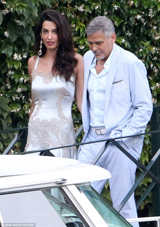 George and Amal, friends and family on way to dinner at Villa D'eEste 36369ECC00000578-0-image-m-117_1468381381890