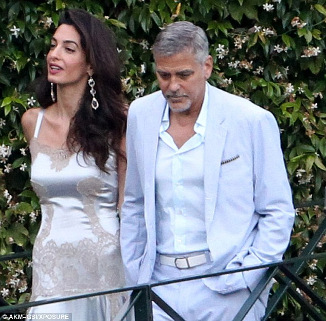 George and Amal, friends and family on way to dinner at Villa D'eEste 36369ED700000578-0-image-m-122_1468381583340