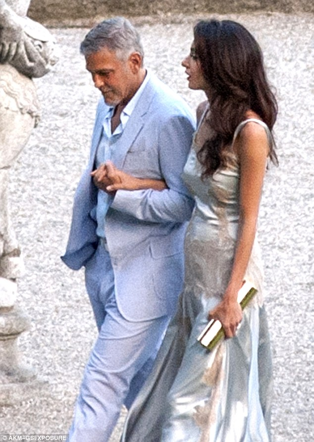 George and Amal, friends and family on way to dinner at Villa D'eEste 36369EF800000578-0-image-m-120_1468381438653