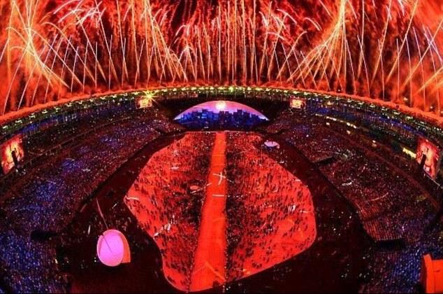 Olympische Spiele 36FF3A6B00000578-3729088-image-m-20_1470647599558