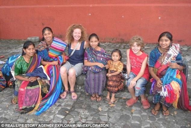 قصة أم أسترالية اصطحبت ابنها في رحلة حول العالم 3740C08600000578-3741545-image-m-68_1471272442304