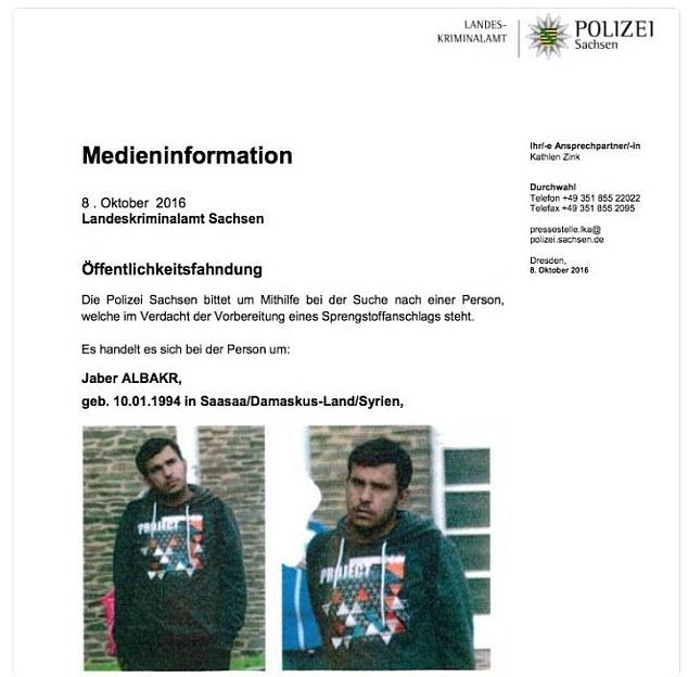 BRD under attack – Terror und Panik: München, Würzburg, Ansbach, Reutlingen - Seite 5 3936A17400000578-3828333-image-a-45_1475931961142