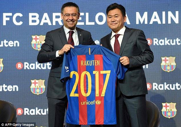 Barcelona new sponsorship deal with Rakuten. 3A71E07400000578-3941760-image-a-100_1479304319068