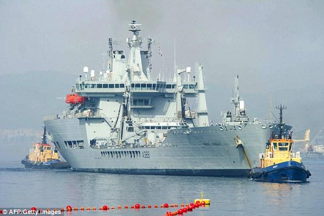 Royal Navy - Fleet Air Arm: News - Page 2 3AB9B90C00000578-0-image-a-10_1480285892960