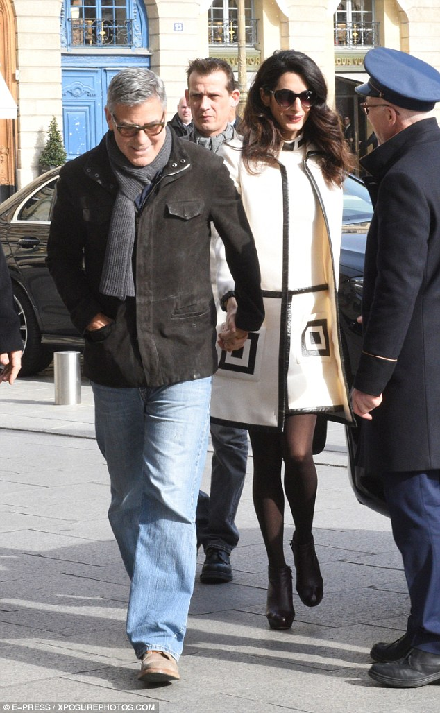 George and Amal Clooney go for a walk 3DA7279500000578-0-image-a-20_1488035268824
