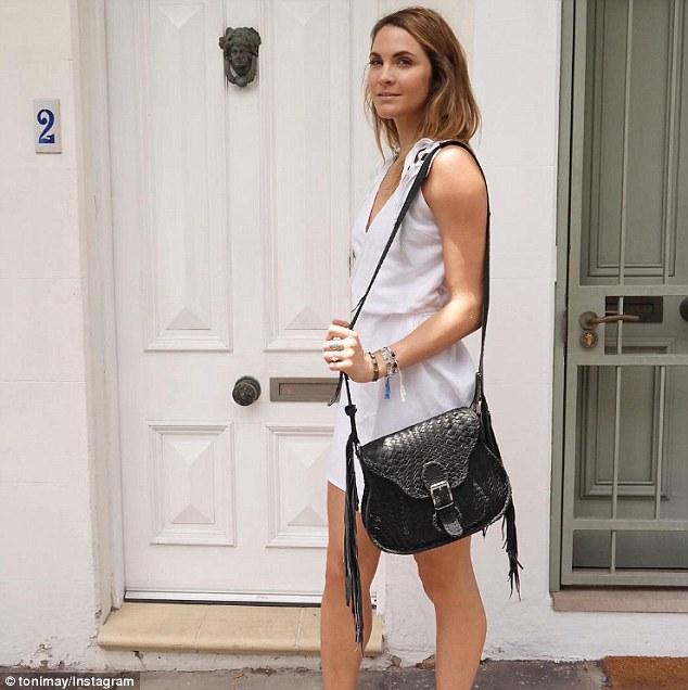 Laura Byrne - Ep3 SD Girl - Bachelor Australia - Season 5 - *Sleuthing Spoilers* - Page 2 3E5E02CA00000578-4325654-image-m-25_1489792383809