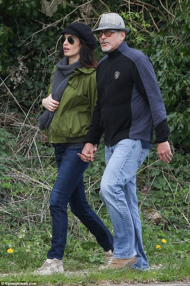 George and Amal out for a walk 3ED547C100000578-4371194-image-a-72_1491061533512