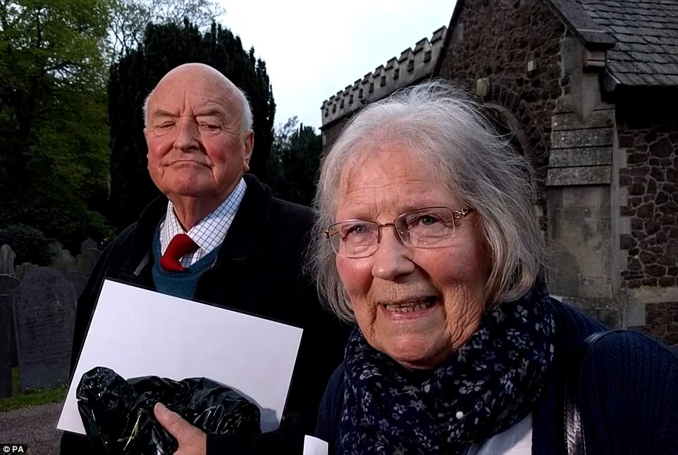 Mccanns join villagers at church today 3FE95FAE00000578-4470752-image-a-45_1493843587441