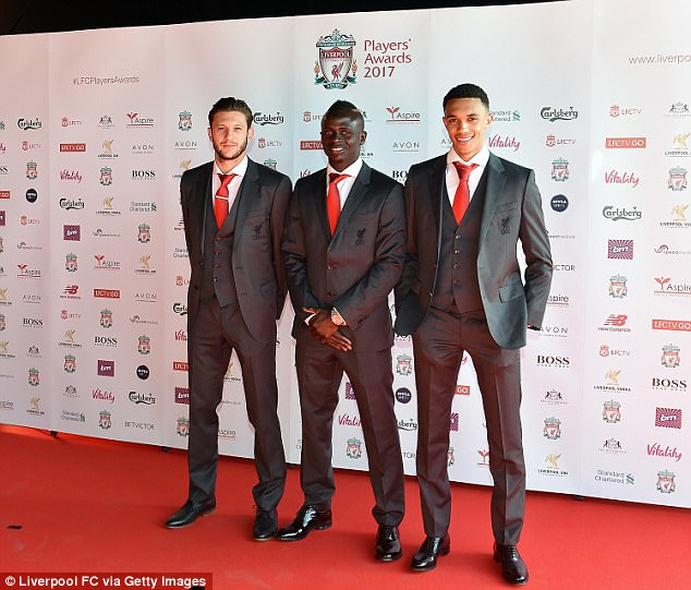 ¿Cuánto mide Trent Alexander Arnold? - Altura - Real height 4023F7B700000578-0-image-m-4_1494355273247