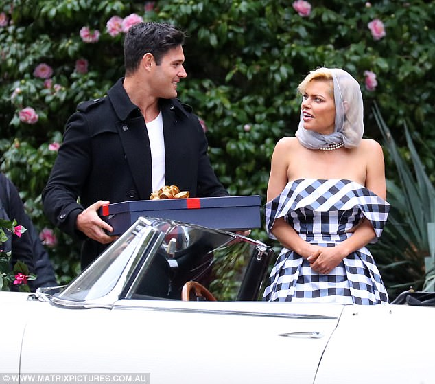 tv - Apollo Jackson - Jake Spence - Vintage Date Guy - Bachelorette Australia - Season 3 - *Sleuthing Spoilers*  41FB689100000578-4660726-Searching_for_the_one_The_Click_actress_previously_dated_Good_Ch-a-36_1499075608926