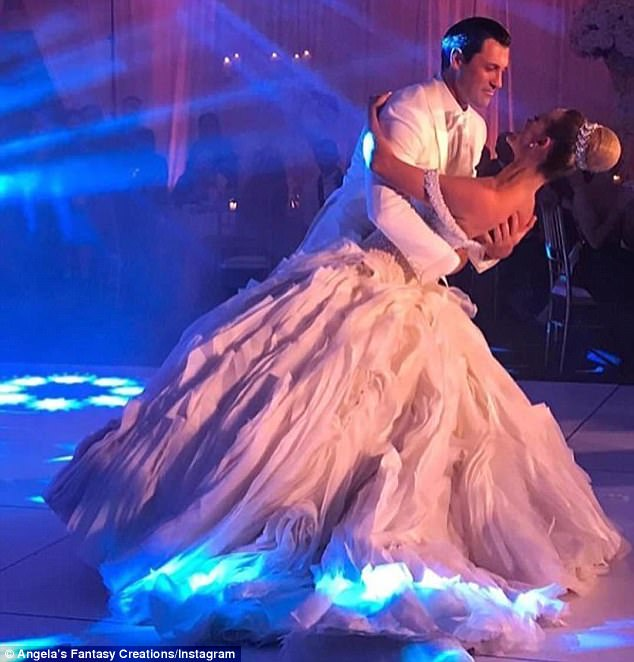 DWTS - Former Contestants - Updated News - Discussion - *Sleuthing Spoilers* - Page 4 42291AFC00000578-4678732-image-a-100_1499567990576