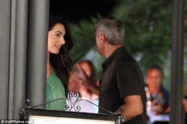 George and Amal out and about at Harry's Bar in Cernobbio 436E0B5000000578-4808394-Smitten_She_and_Ocean_s_Eleven_star_George_had_tied_the_knot_bac-a-10_1503386440678
