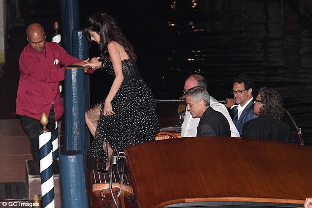 George and Amal in Venice 43C3072500000578-4841936-image-a-65_1504212219925