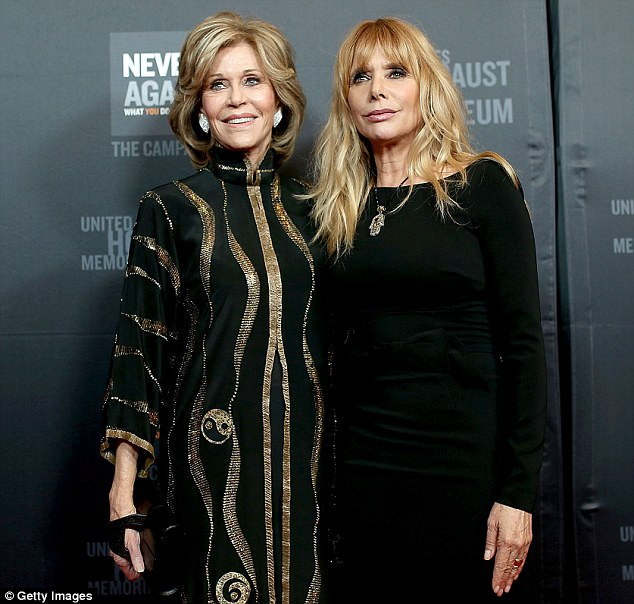 What's with the crickets from Hollywood about Harvey Weinstein? - Page 2 45445C3B00000578-4974548-She_was_informed_of_Weinstein_s_transgressions_by_Rosanna_Arquet-m-66_1507824787283