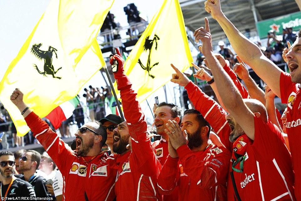 Formula 1 - Pagina 15 4646BC0200000578-5075067-image-m-29_1510511176116