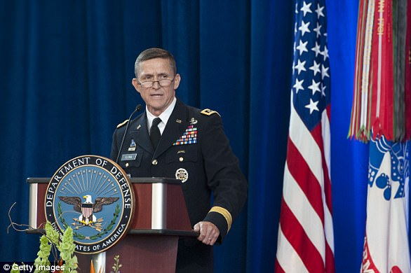 The Serious Side - part 4 - Page 7 46E0E87000000578-5139137-Flynn_set_up_a_company_accepting_speaking_fees_from_Russian_enti-a-18_1512239171839