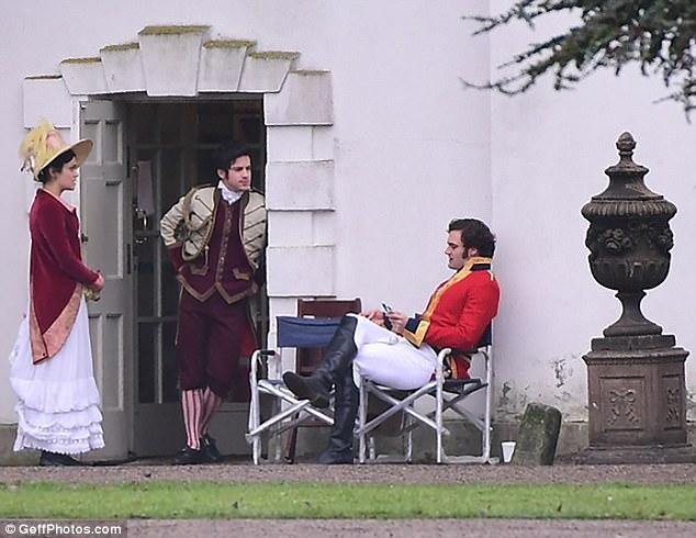 Vanity Fair, une nouvelle adaptation (ITV / Amazon) 4783920800000578-0-image-m-41_1513944436770