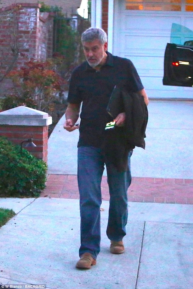George Clooney a knight in shining armour - allegedly! 49722CB200000578-5418945-Knight_in_shining_armor_George_Clooney_was_seen_undergoing_a_cos-a-98_1519241573364