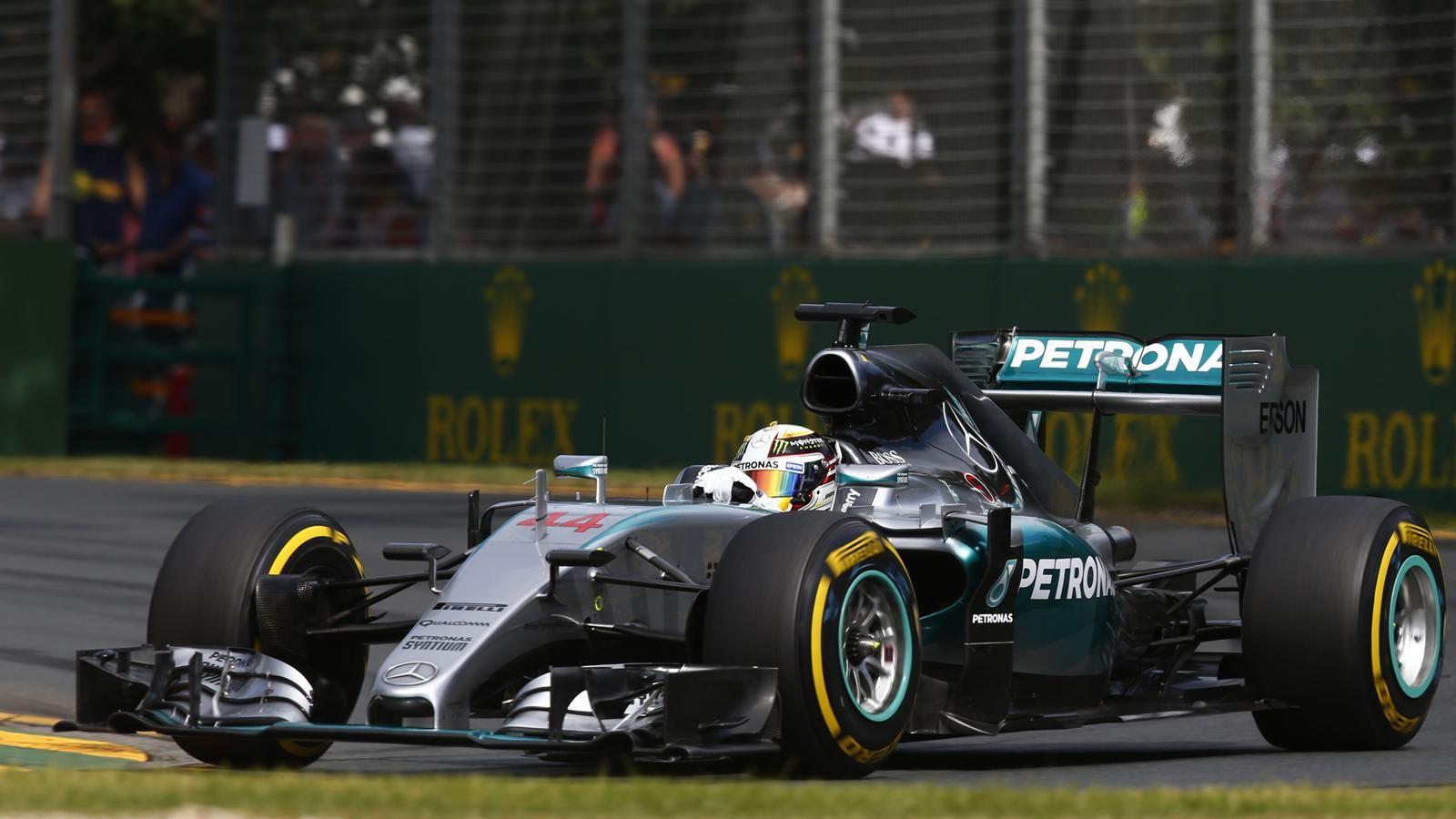 Spécial Sebastian Vettel (Formule un) - Page 12 1435492-30706734-1600-900