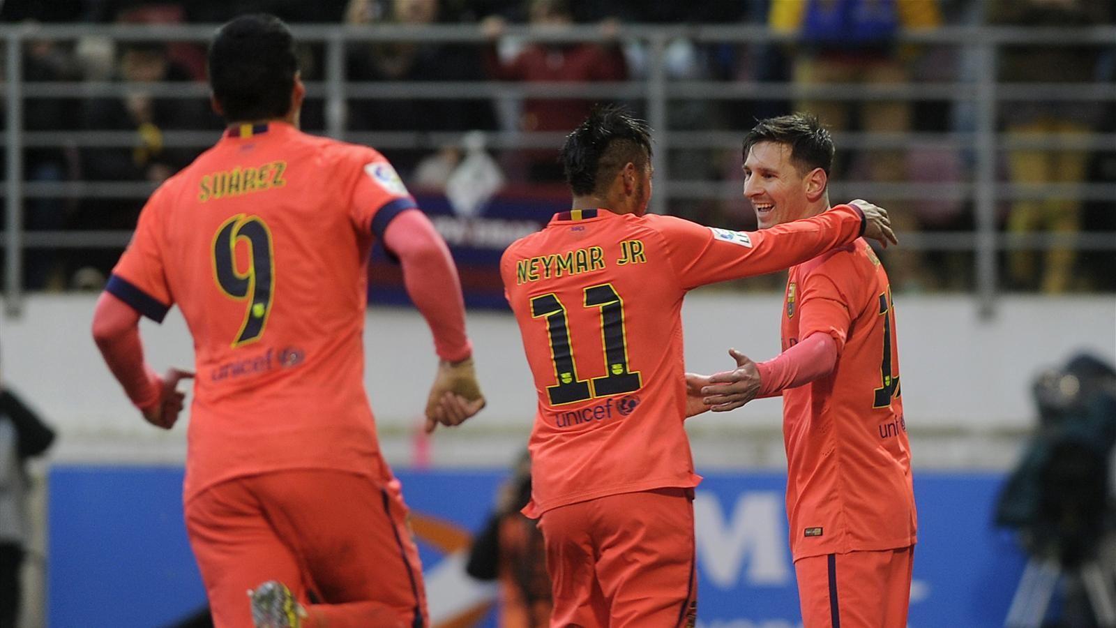 Spécial Messi et FCBarcelone (Part 2) - Page 10 1435948-30715854-1600-900