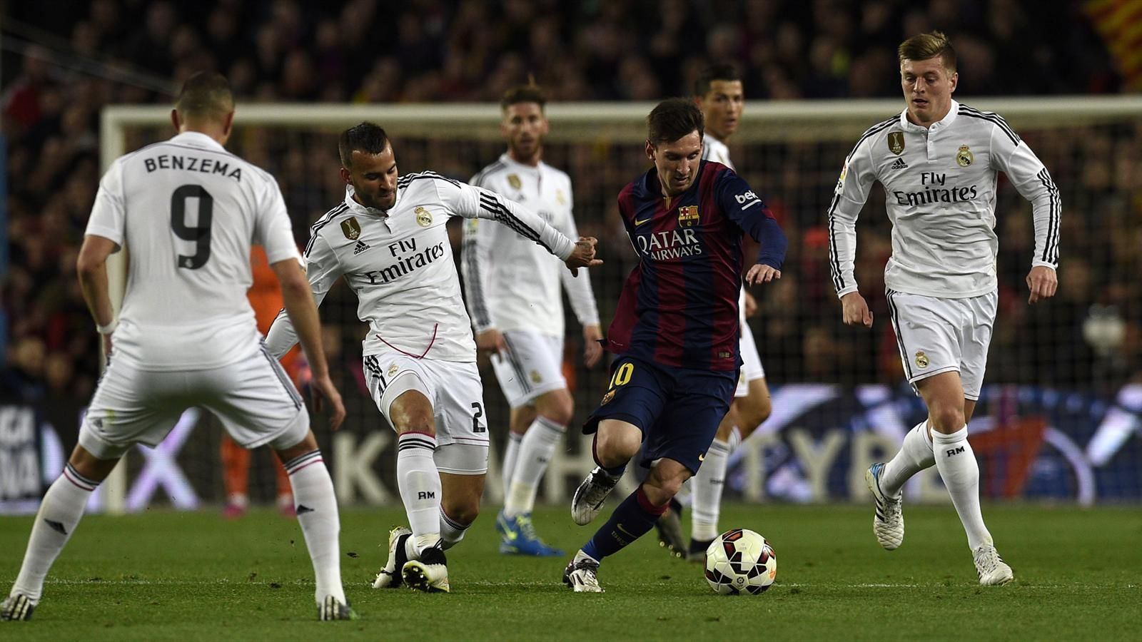 Spécial Messi et FCBarcelone (Part 2) - Page 10 1441783-30832570-1600-900