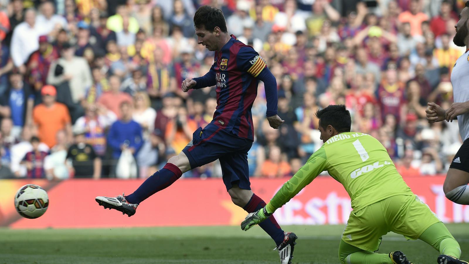 Spécial Messi et FCBarcelone (Part 2) - Page 11 1459953-31196036-1600-900