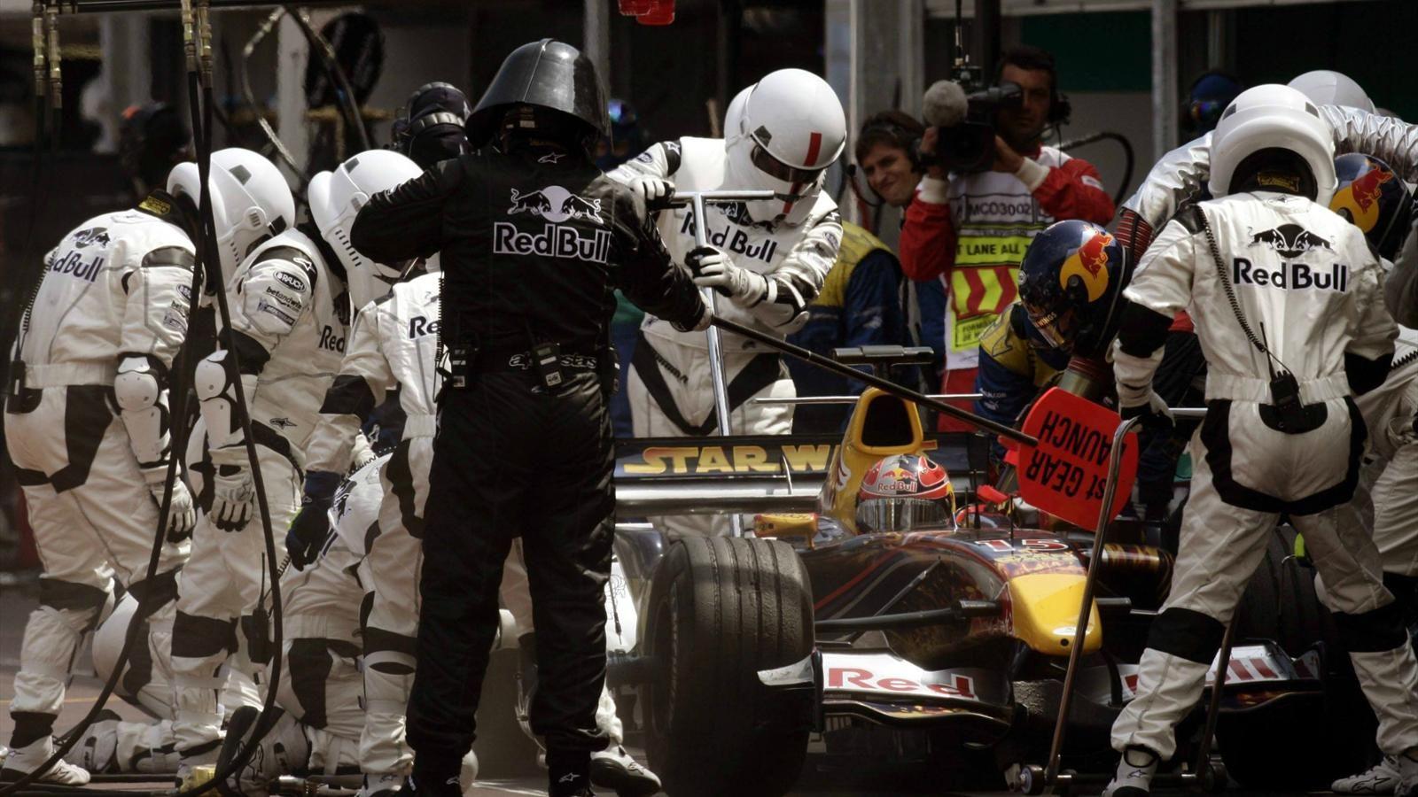 Spécial Sebastian Vettel (Formule un) - Page 19 1563394-33265246-1600-900