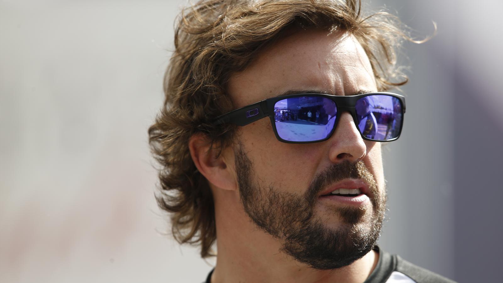 Spécial Sebastian Vettel (Formule un) - Page 19 1564227-33281906-1600-900