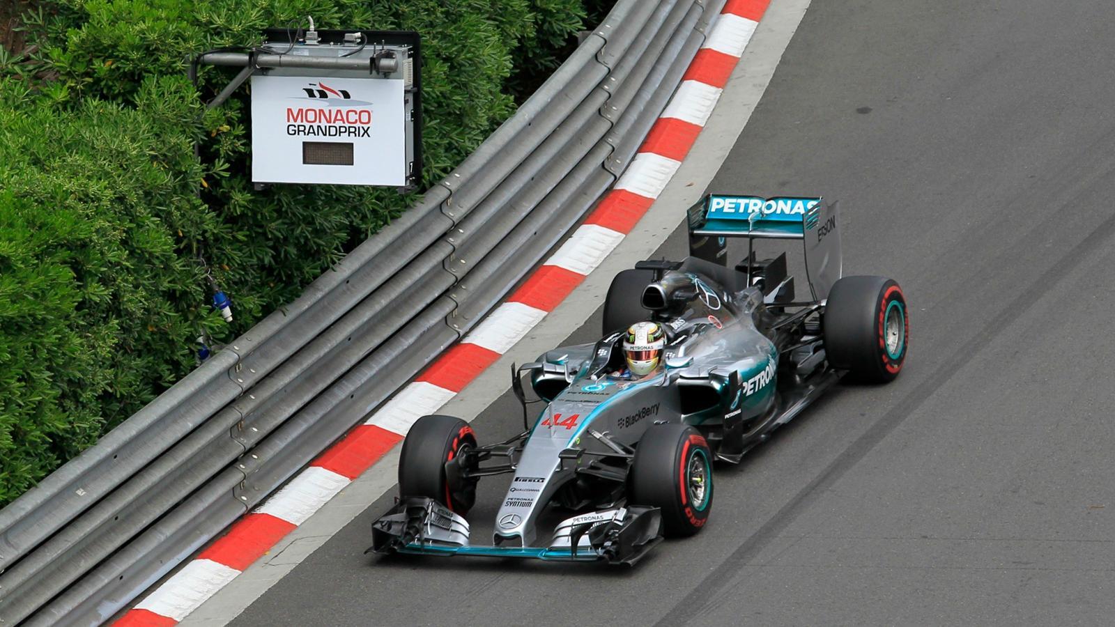 Spécial Sebastian Vettel (Formule un) - Page 19 1571485-33427082-1600-900