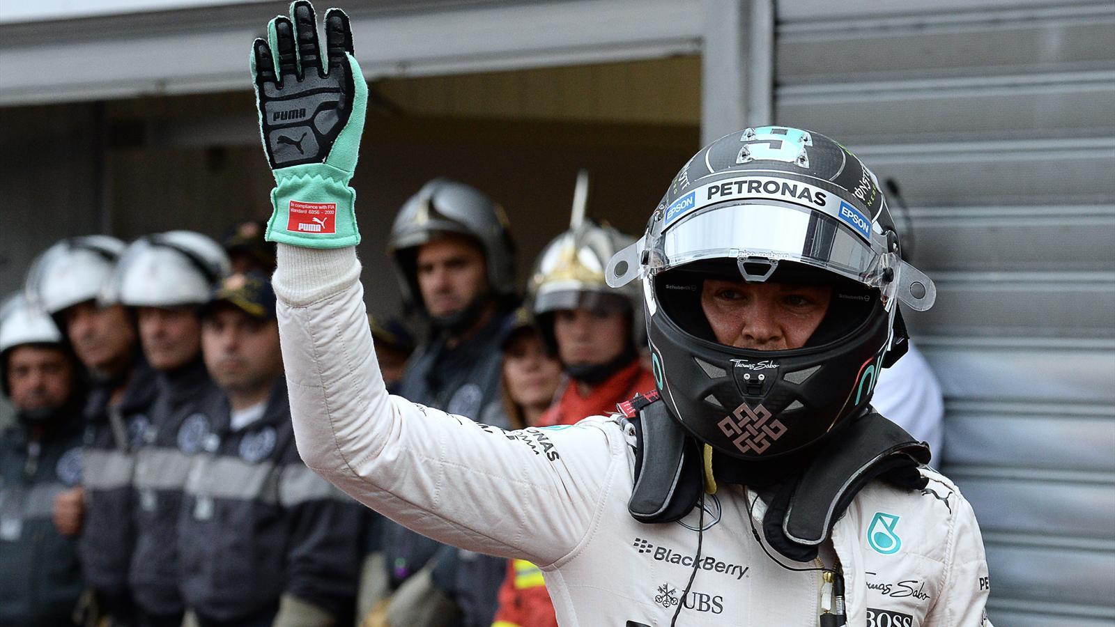 Spécial Sebastian Vettel (Formule un) - Page 20 1571877-33434922-1600-900