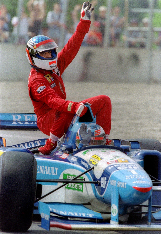Spécial Sebastian Vettel (Formule un) - Page 20 1606585