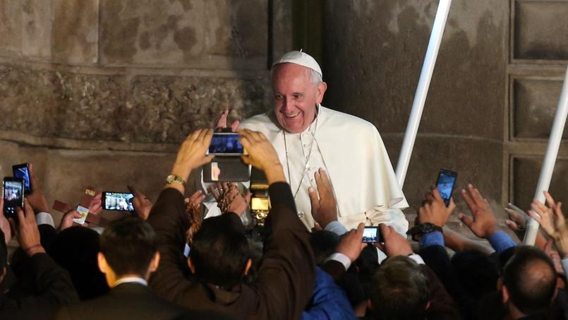 En Amérique latine, le pape François rappelle que «la foi est révolutionnaire» (Vidéo) XVM7c941280-2532-11e5-83b4-ddbaa6eaf0bc