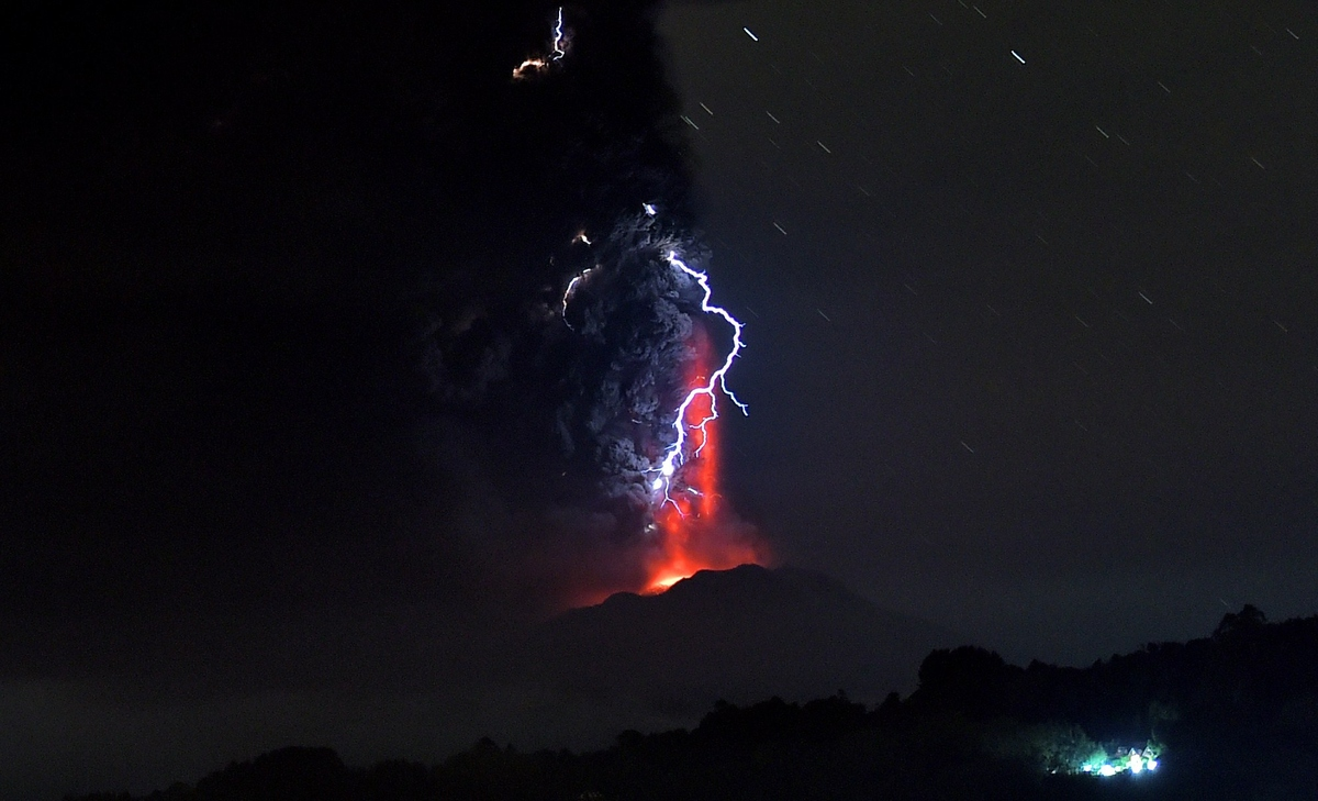 Chilean Volcano Eruption Heralds The End Times Slide_420146_5367200_free