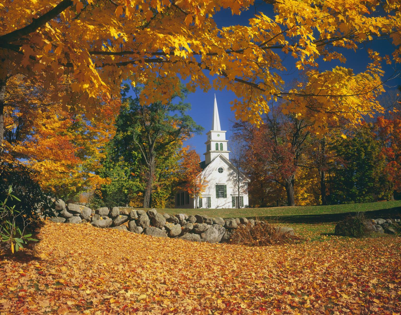 Canada : Fête de l'Action de Grâces + Lundi 12 octobre + O-AUTUMN-LEAVES-NEW-HAMPSHIRE-facebook